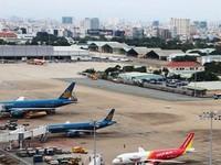 Giá nhiên liệu cao, vé máy bay mùa hè tăng giá