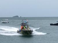 Cứu 7 ngư dân tàu cá Ninh Thuận gặp nạn trên biển