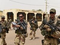 Binh sỹ Pháp bị khủng bố đột kích ở Mali, hơn 10 người thương vong