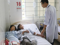 Ăn nấm độc: 4 người trong một gia đình nhập viện cấp cứu