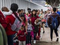 Mỹ nối lại chiến dịch truy quét người di cư