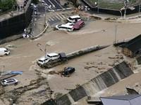 Thiệt hại do mưa lũ ở Nhật Bản tiếp tục tăng