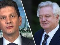 Chính phủ Anh hỗn loạn sau khi Bộ trưởng phụ trách Brexit từ chức