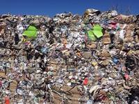 Ngành tái chế nhựa điêu đứng sau lệnh siết chặt nhập khẩu phế liệu
