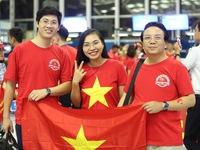 Trực tiếp từ Indonesia: Rực màu cờ đỏ trước trận đấu lịch sử Olympic Việt Nam - Olympic UAE