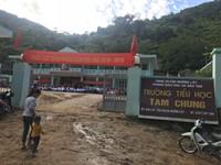 Khung cảnh tan hoang sau lễ khai giảng ở trường Tam Chung