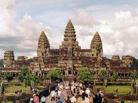 Campuchia thu về 100 triệu USD từ vé tham quan Đền Angkor Wat