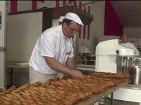 Tổng thống Pháp muốn UNESCO bảo vệ bánh mỳ Baguette