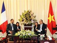 French PM visits Ho Chi Minh city