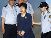 Thêm tội danh cho cựu Tổng thống Hàn Quốc Park Geun-hye