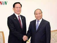 PM welcomes South Korean Defense Minister in Hanoi