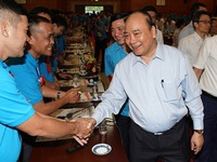 PM Nguyen Xuan Phuc speaks of highly-skilled workers' role