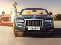 Xe hạng sang Roll-Royce lập kỷ lục doanh số