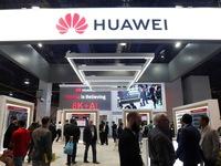 Reuters: Tổng thống Trump sắp ký sắc lệnh ngăn công ty Mỹ dùng thiết bị Huawei