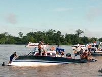 Lật thuyền quá tải ở Indonesia: 1 người chết, 12 người mất tích