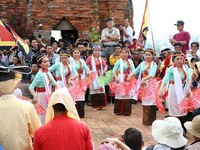 Cham people in Ninh Thuan and Binh Thuan celebrate Kate Festival