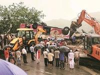 Tai nạn xe bus nghiêm trọng tại Ấn Độ, 21 người thiệt mạng