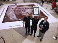 Bức tranh từ cà phê lớn nhất thế giới