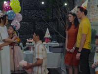 Tiệm ăn dì ghẻ - Tập 3: Giữa sinh nhật bé Hương, Minh phát hiện Ngọc dối trá bao năm qua