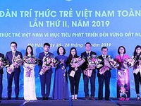 Global Young Vietnamese Intellectual Forum opens