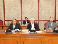 General Secretary, State President chairs politburo meeting