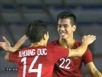 VIDEO: Đức Chinh tạt bóng thuận lợi, Tiến Linh đánh đầu đẹp mắt tung lưới U22 Campuchia