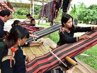 First Vietnamese brocade festival held in Dak Nong province