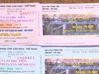Người dân bức xúc vì đi lễ chùa phải mua vé