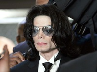 Michael Jackson fans gather on 10th anniversary of hí death