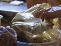 Sử dụng túi nylon - từ nhận thức tới hành động