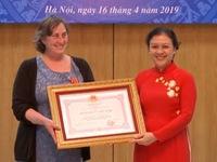 Một phụ nữ Mỹ hơn 20 năm hỗ trợ nạn nhân da cam Việt Nam