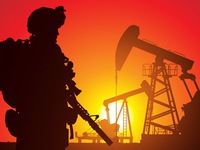 Bóp nghẹt 'yết hầu' Iran, Mỹ châm ngòi cho cuộc chiến dầu mỏ?