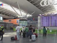 Ukraine cấm toàn bộ chuyến bay thẳng tới Nga