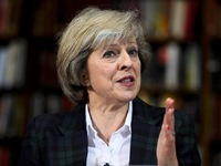 Thủ tướng Anh kéo dài thời hạn Brexit