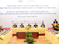 Vietnam strengthens science & technology cooperation with int'l partners