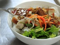 Vermicelli soup with crab sauce: A must-try Pleiku special