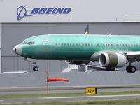 Boeing lại gặp rắc rối với thiết bị cảnh báo của máy bay 737 MAX
