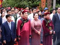 Vietnamese commemorate Hung Kings' death anniversary
