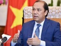 Vietnam attends ASEAN Plus Three, EAS SOMs