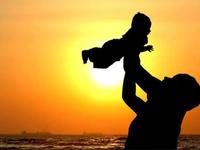 Spotify tri ân 'Ngày của Cha' bằng 36 tuyệt phẩm về tình cha con