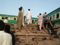 Tai nạn tàu hỏa ở Pakistan khiến 10 người chết