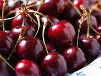Cherry từ Mỹ nhập về Việt Nam giảm giá gần một nửa