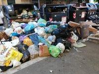 Thủ đô Rome của Italy chìm trong rác