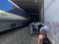 Dịch vụ đường sắt châu Âu bị gián đoạn do sự cố cáp điện