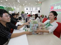 Vietnamese banks to seek capital in international markets