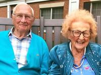 Kết hôn ở tuổi… 100 và 102