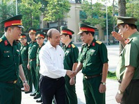 PM inspects maintenance of President Ho Chi Minh Mausoleum