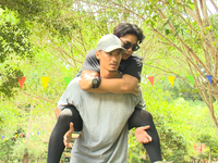 Hai chàng trai Việt kiều ngậm ngùi chia tay 'Cuộc đua kỳ thú 2019'