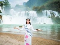Hoa hậu Lương Thùy Linh diện áo dài 'check-in' giữa cảnh đẹp Cao Bằng