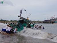 Lữ đoàn 127 kịp thời cứu kéo tàu cá Kiên Giang gặp nạn